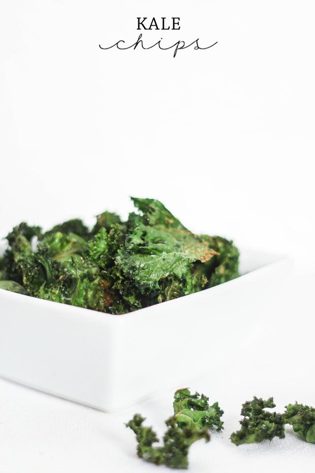 Parmesan Garlic Kale Chips
