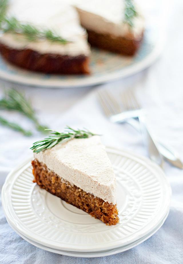 Spiced Ginger And Honey Cake